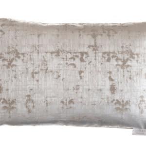 Vanna Platinum Cushion